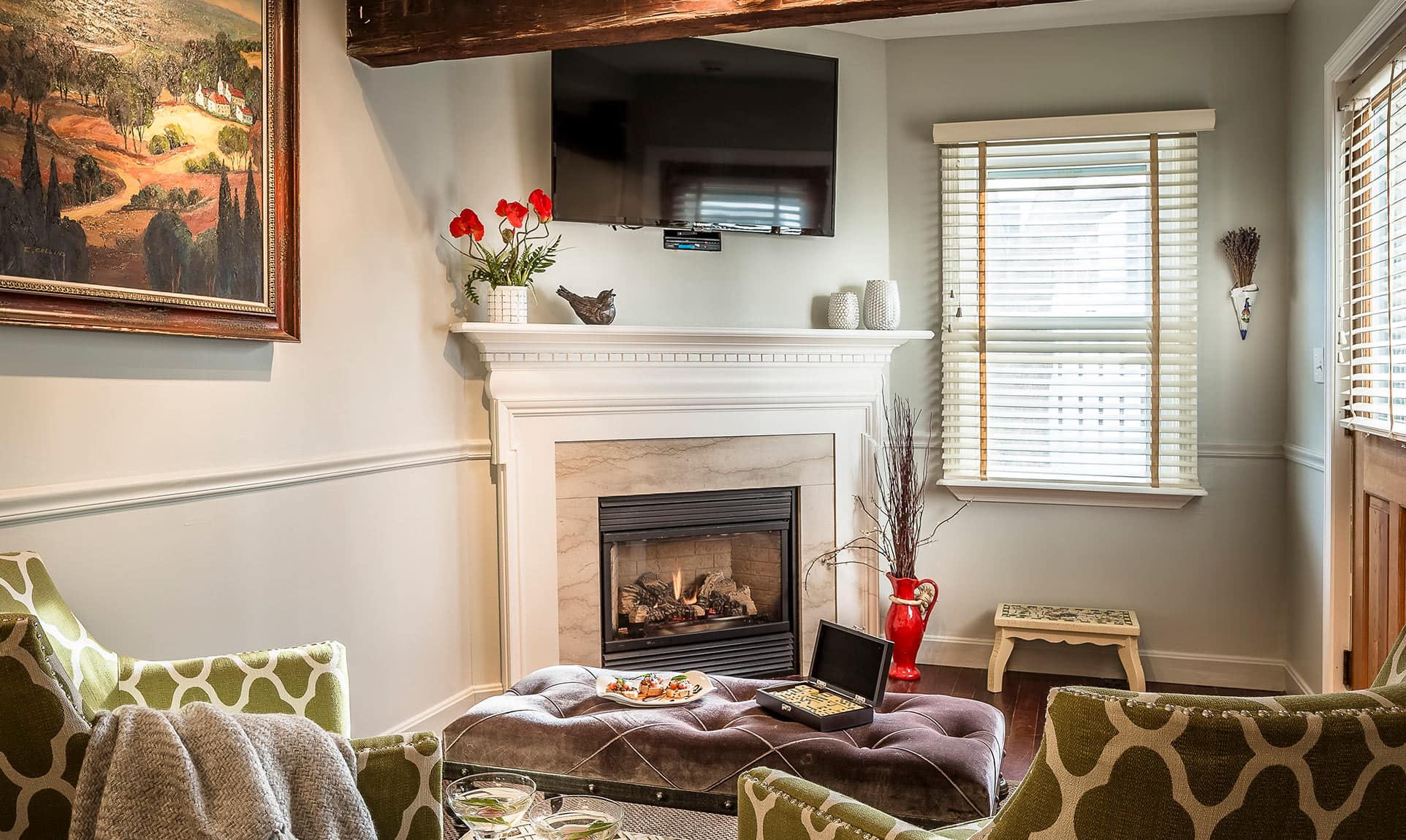 Fireplace with Flat Screen TV in Sitting Room