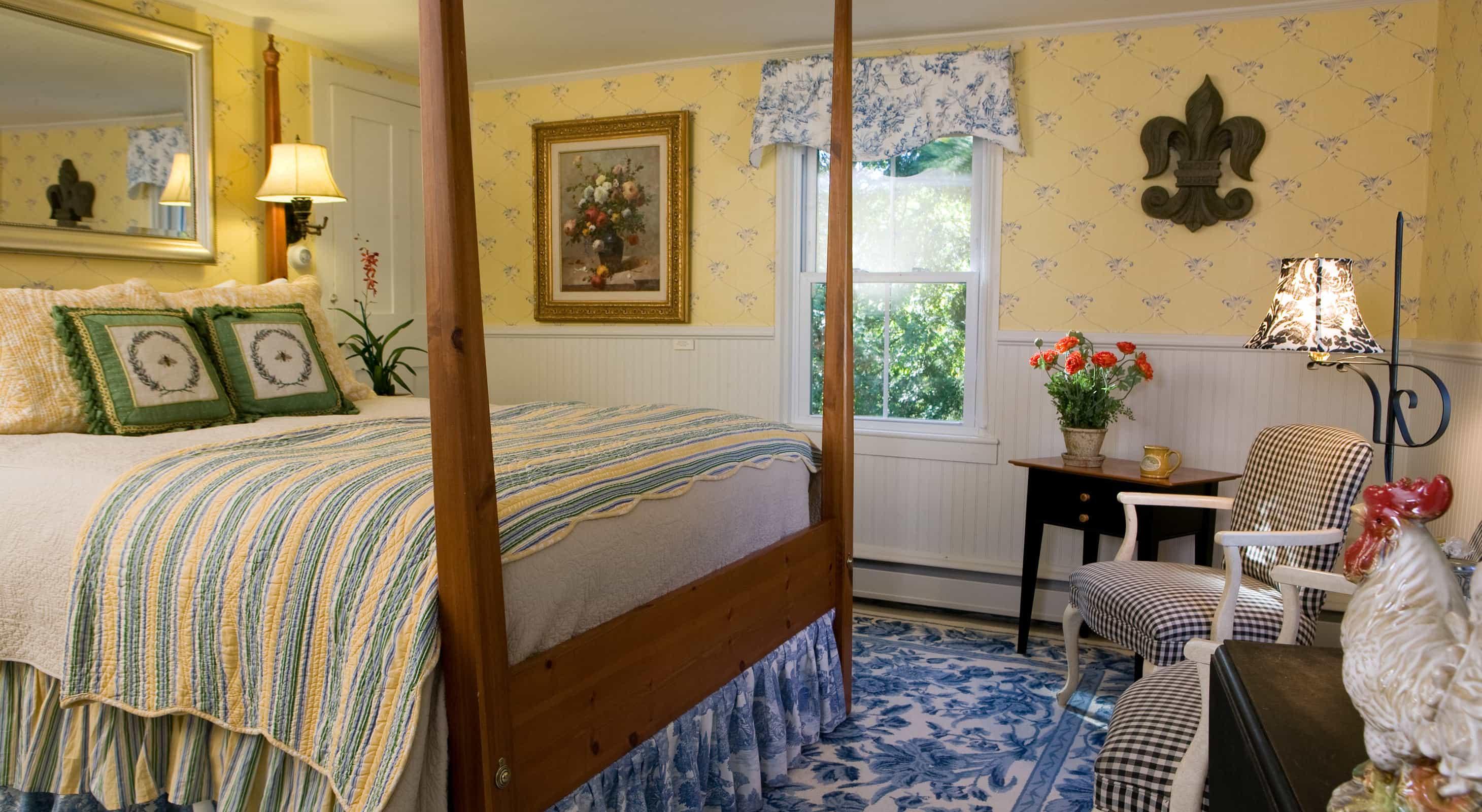 Lemon Verbena Bed and Chairs