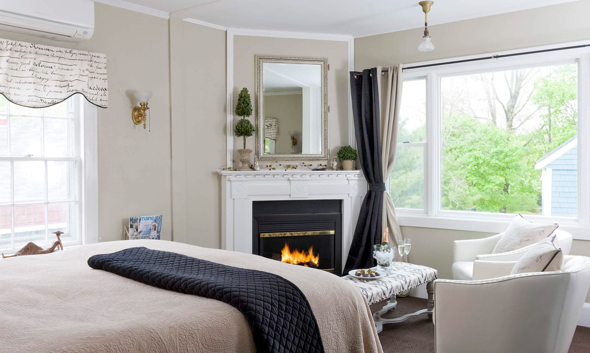 Fireplace and sitting area in Manor Suite